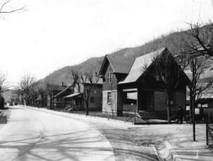 History, Elkhorn Inn & Theatre
